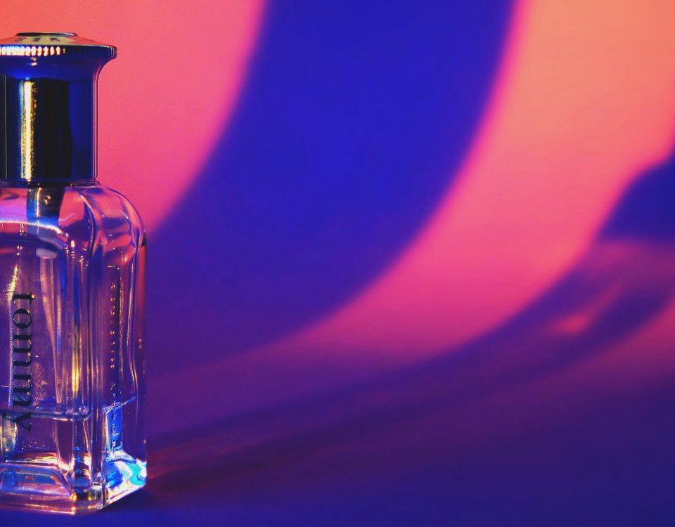 seni botol parfum